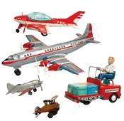 Toy airplanes  baggage cart 5 Hubley cast metal