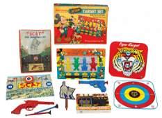 Toys & games (5), Walt Disney Action Target set in orig