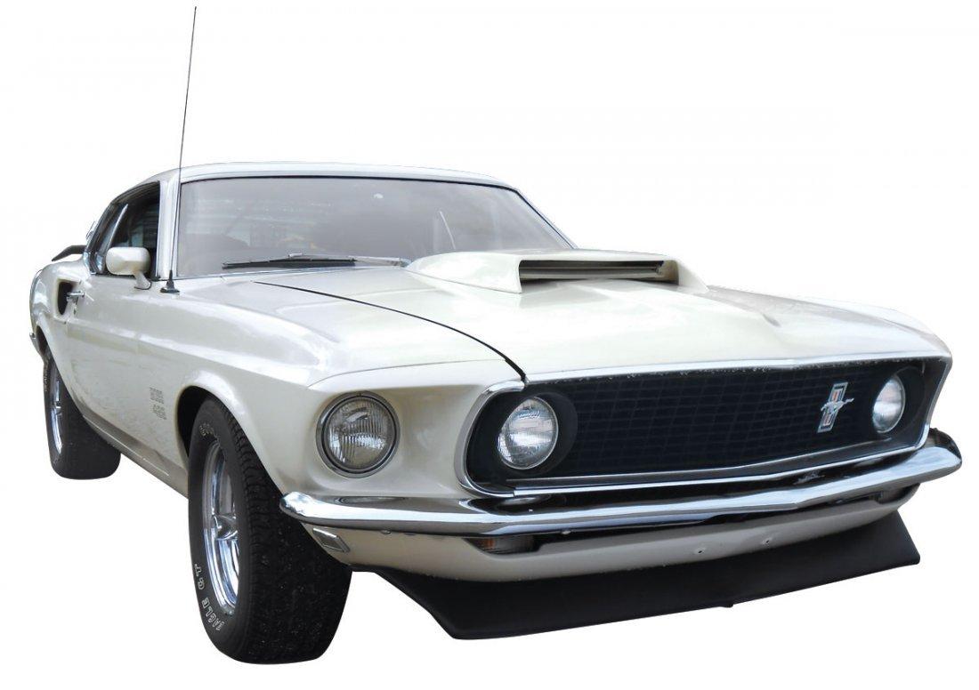 Automobile, 1969 Mustang Boss 429.  Wimbledon white - 2