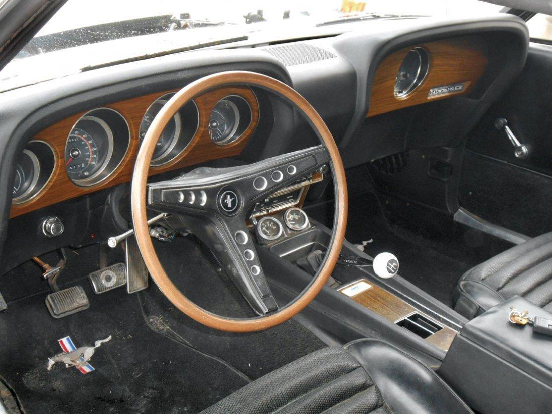 Automobile, 1969 Mustang Boss 429.  Wimbledon white - 9