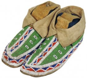 Native American Moccasins, Sioux, Woman's Beaded
