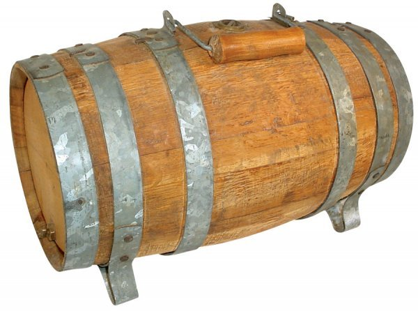 024: Wooden keg w/metal staves, 5 gal., handle for easy