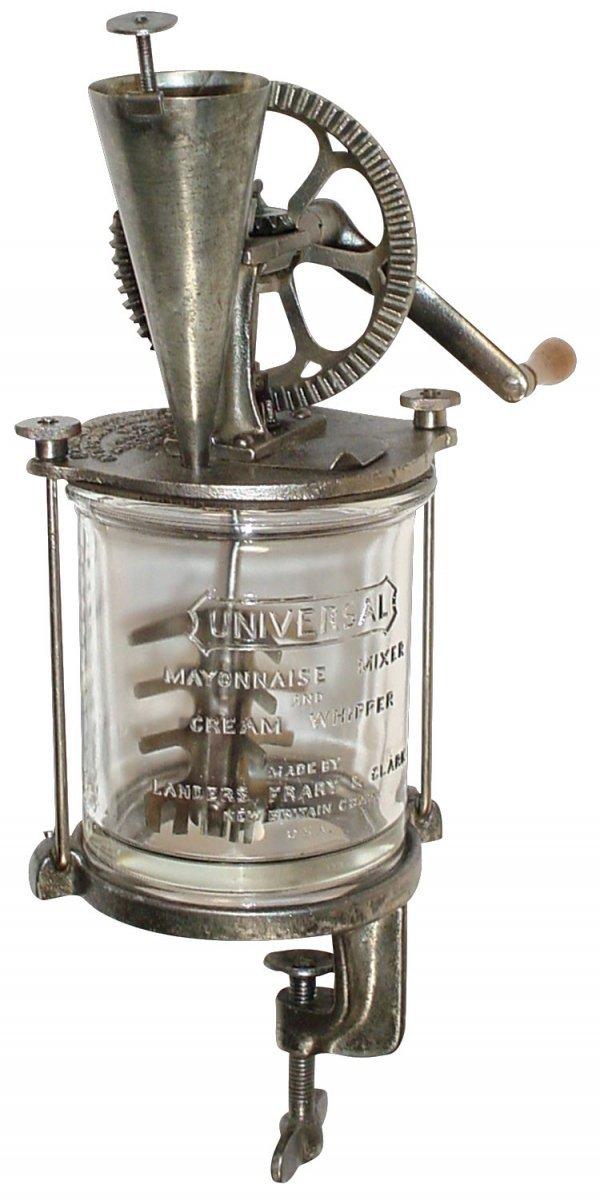 248: Kitchenware, Universal Mayonnaise Mixer & Cream Wh
