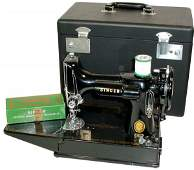 405: Singer Featherweight sewing machine, Model 221, co