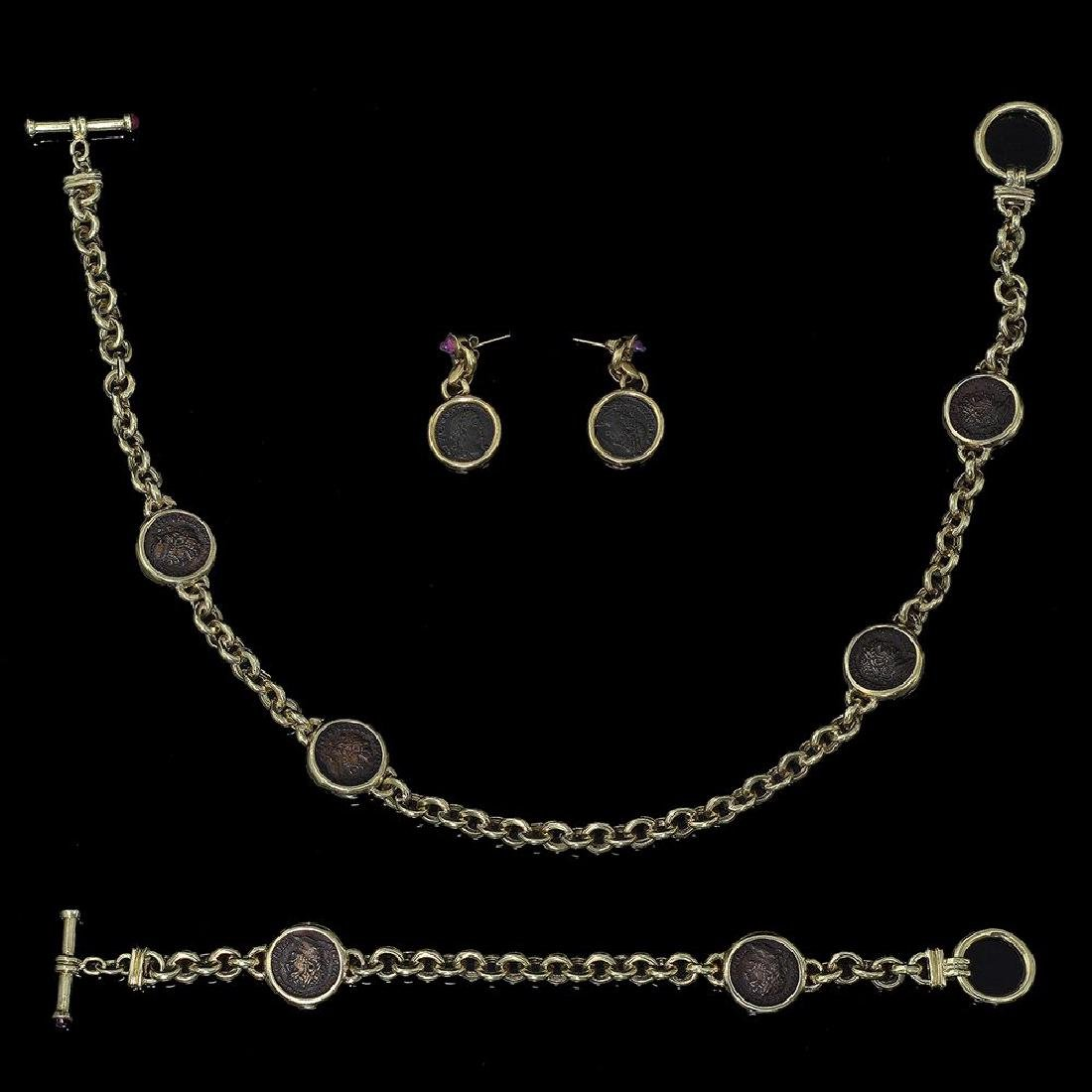 A 14K GOLD NECKLACE BRACLET AND PAIR OF EARRINGS SET
