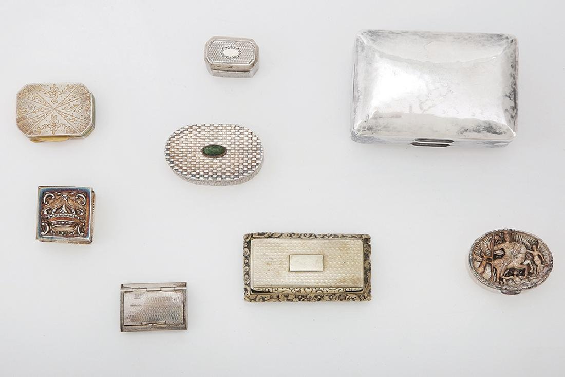 SEVEN VARIOUS SILVER SNUFF BOXES AND PILL BOXES