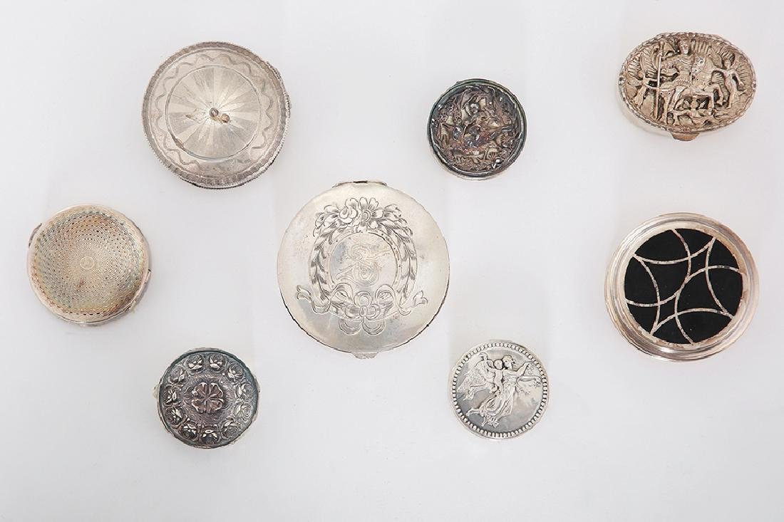 EIGHT VARIOUS SILVER SNUFF BOXES AND PILL BOXES