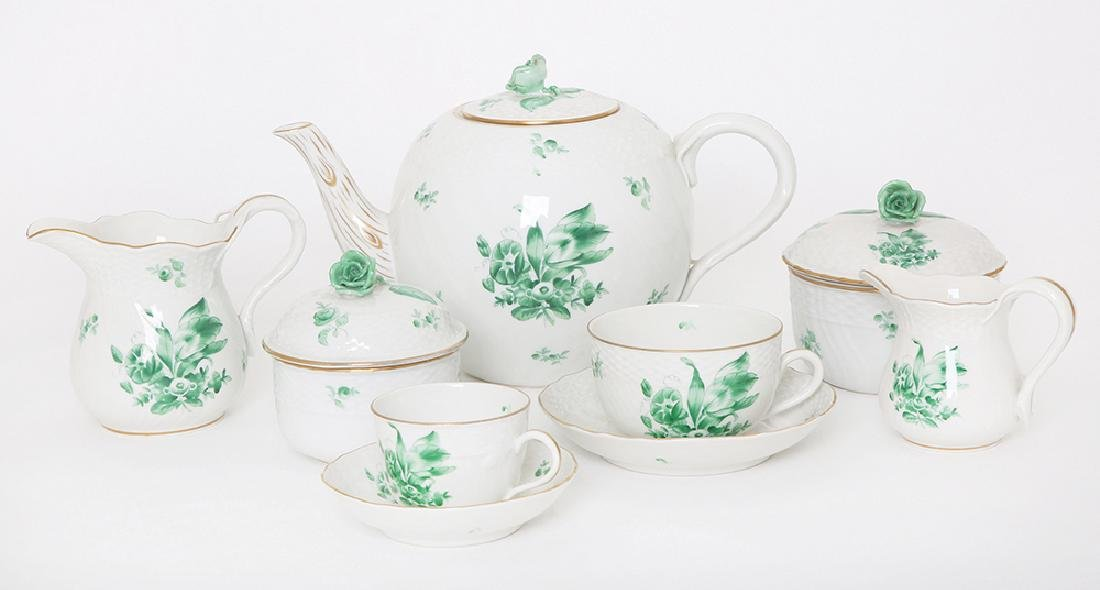 A HEREND PORCELAIN TEA SERVICE
