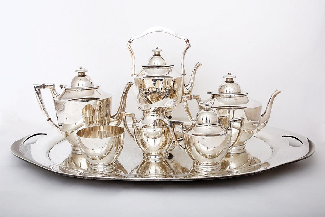 A MEXICAN STERLING SILVER COFFEE AND TEA SET