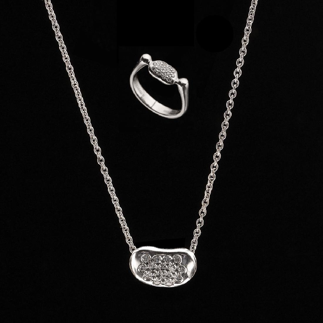 TIFFANY&CO PLATINUM RING AND PENDANT SET
