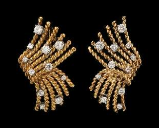A PAIR OF 18K TIFFANY & CO SCHLUMBERGER GOLD EARRINGS