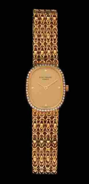 PATEK PHILIPPE FEMALE 18K GOLD WRISTWATCH