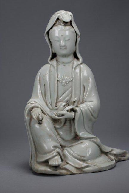 A Dehua figure of Guanyin,19th/20 century