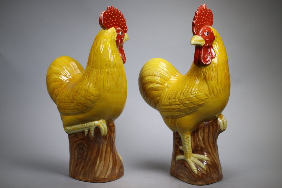A Pair Glazed Porcelain Roosters, Repubic China - 3