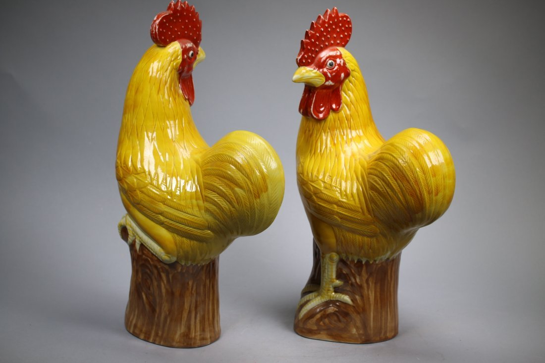 A Pair Glazed Porcelain Roosters, Repubic China - 4