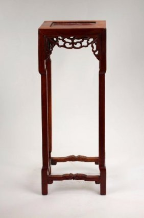 A miniature huanghuali pedestal,19th century