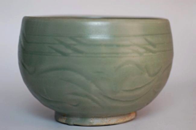 A Longquan celadon bowl,Song dynasty
