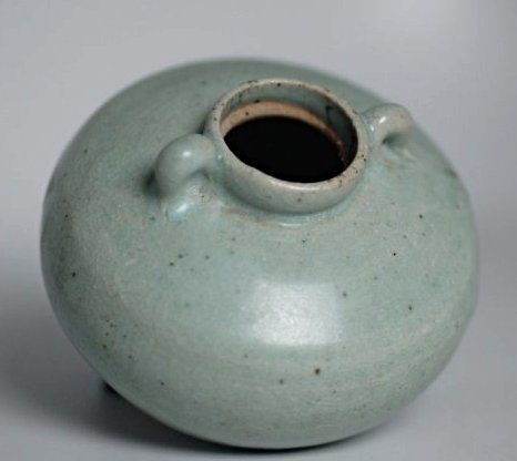 A Chinese qingbai porcelain Vase,Song dynasty