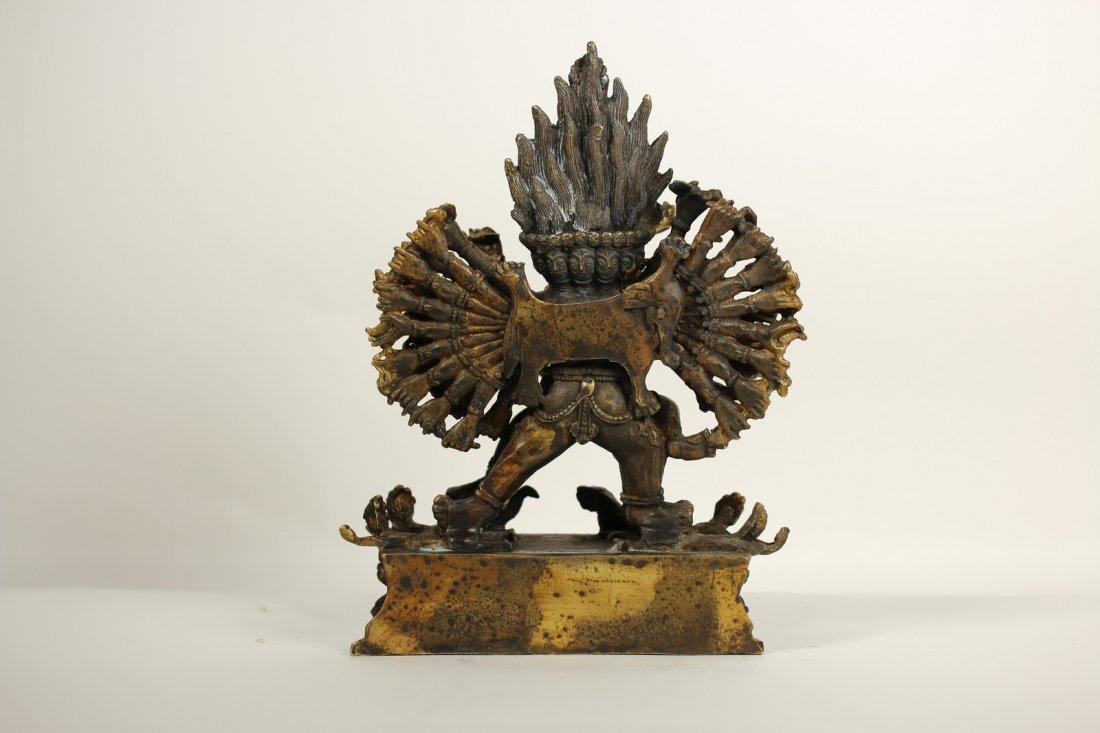 A Tibet gilt-bronze figure,19th century - 3