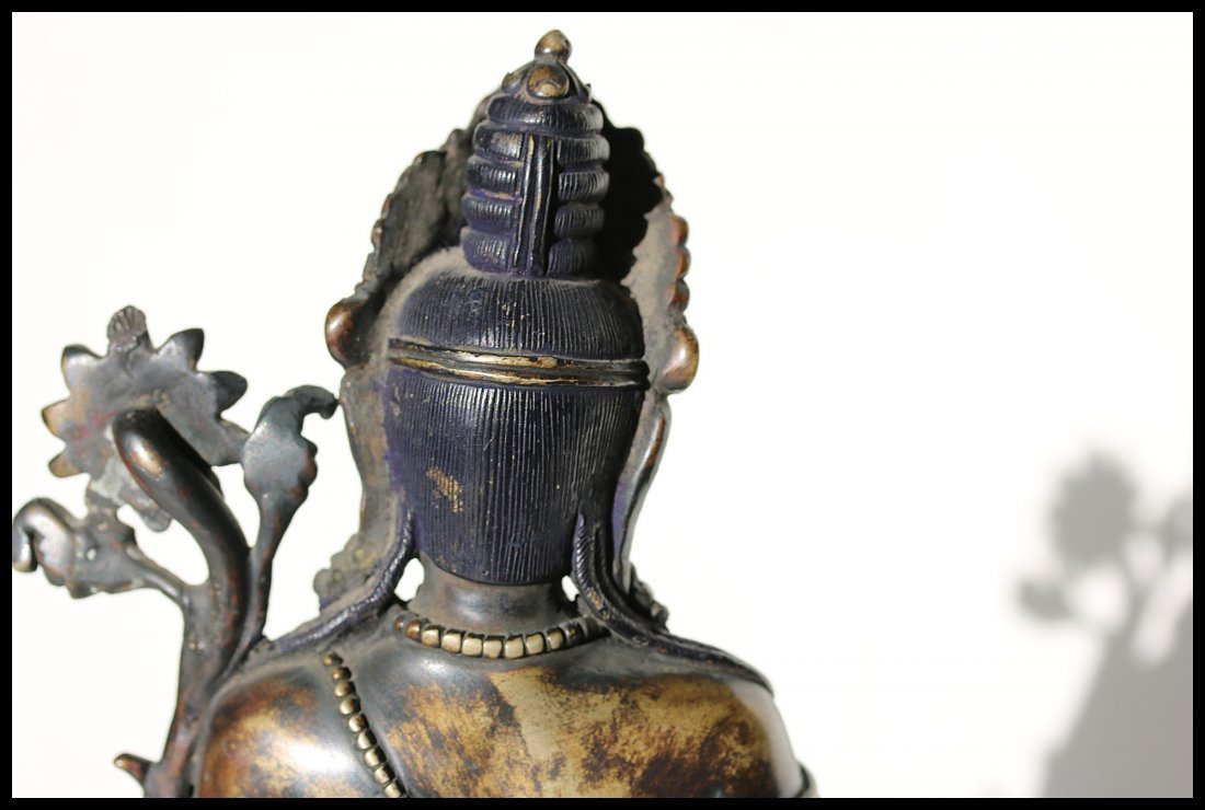 A Tibetan  cast bronze figure of Padmapani,19th century - 3