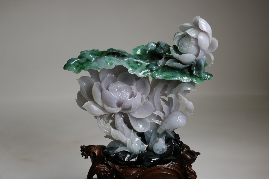 A Chinese fine carved jadeite furnishing articles,GIA