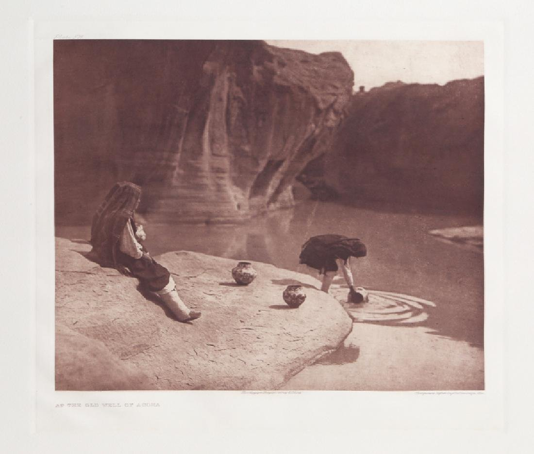 Edward Sheriff Curtis, At the Old Well of Acoma,