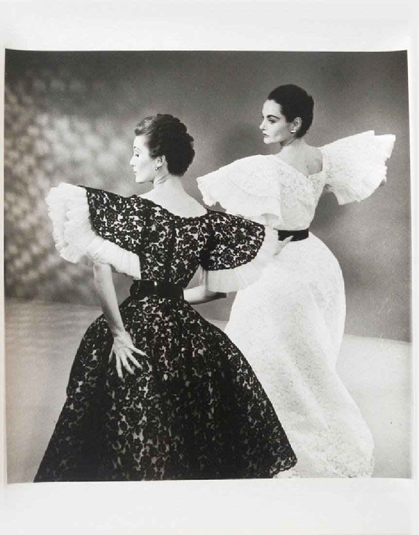 Louise Dahl-Wolfe, Two Models in Lace Dresses, Gelatin