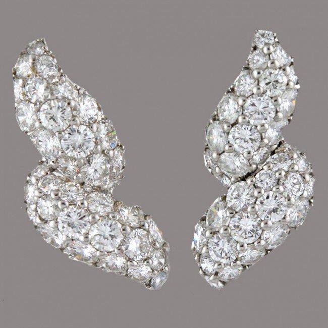7: Mauboussin Paris White Gold Diamond Earclips