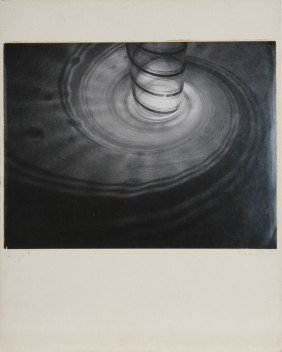 601: Rowena Fruth, Light, Photograph