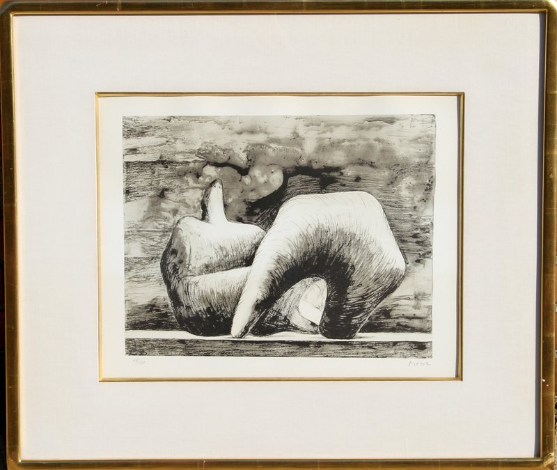 71: Henry Moore, Reclining Figure : Pointed, Lithograph