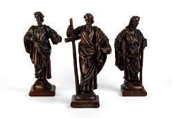 GRUPPO DI DODICI SCULTURE IN LEGNO PATINATO, XVIII
