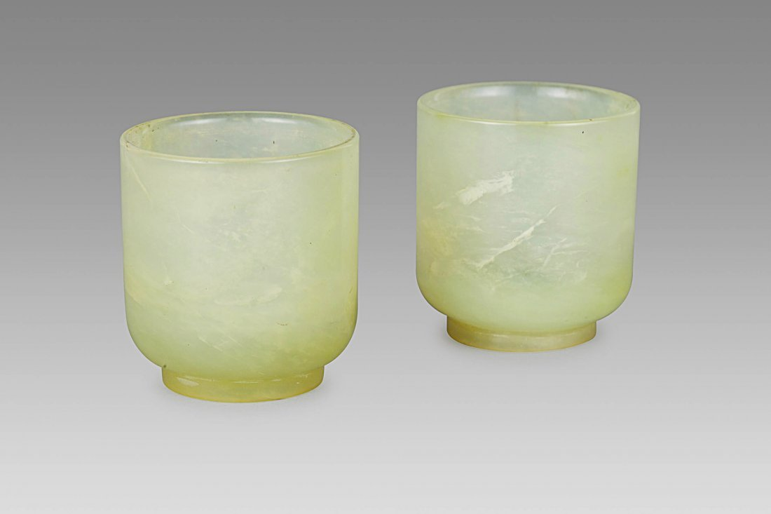 TWO SMALL JADE CUPS, CHINA, QING DYNASTY (2)