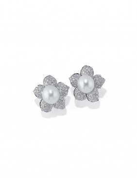 Orecchini In Oro Bianco, Perle Coltivate E Diamanti