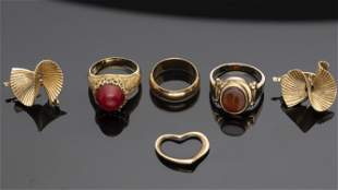 Group of Gold Estate Jewelry