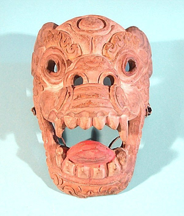464: LION HEAD, an Asian-style hand carved and painted