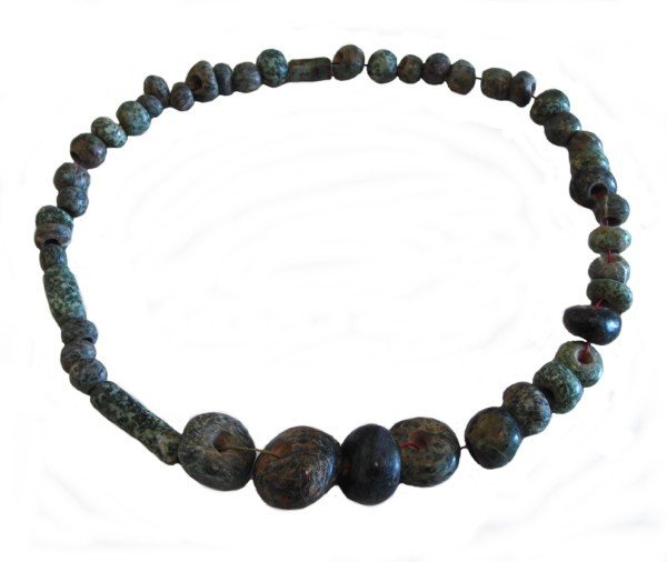 768: Pre-Columbian necklace
