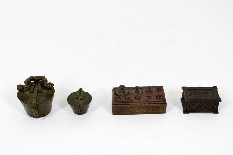 Antique Brass: Weights and Measures (19th / 20th
