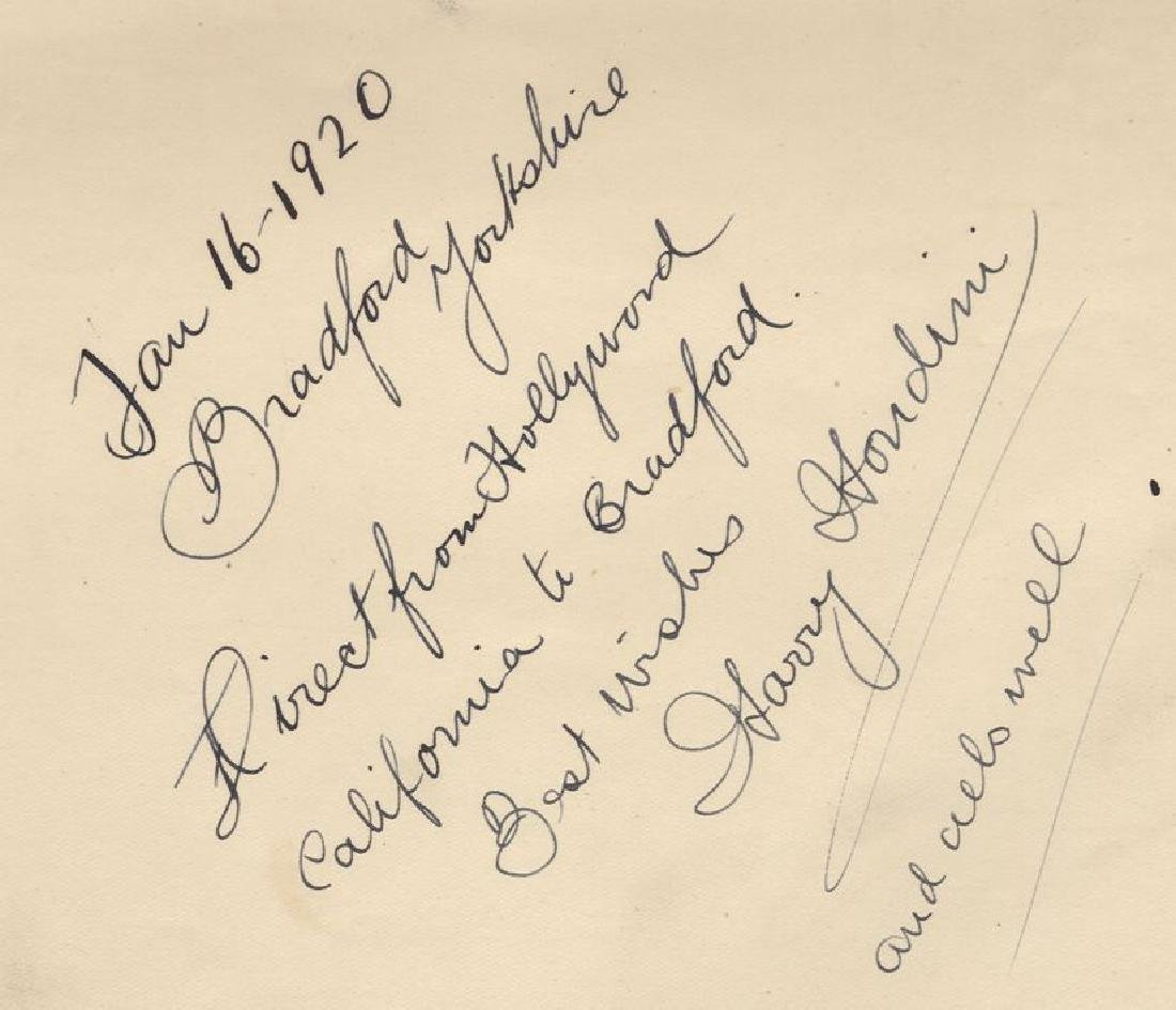 Houdini, Harry - Off-white album page signed and