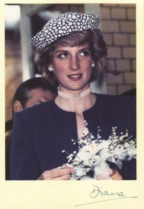 Diana, Princess - Colour, head and shoulders photograph
