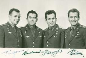 Russian Cosmonauts - Black and white, head and