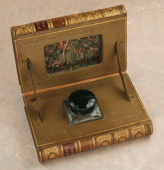 8C: BOOK-FORM' NOVELTY INKWELL English, 1960s