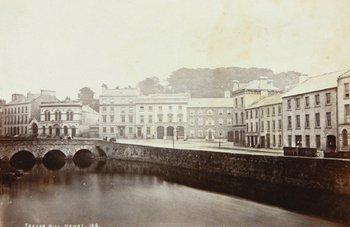 23D: Ireland.- Group of Views