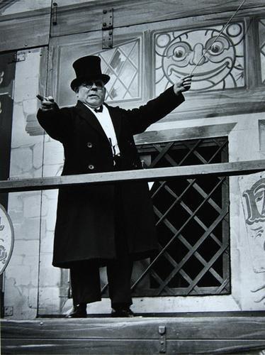 15C: Wolfgang Suschitzky (b.1912) hampstead heath fair