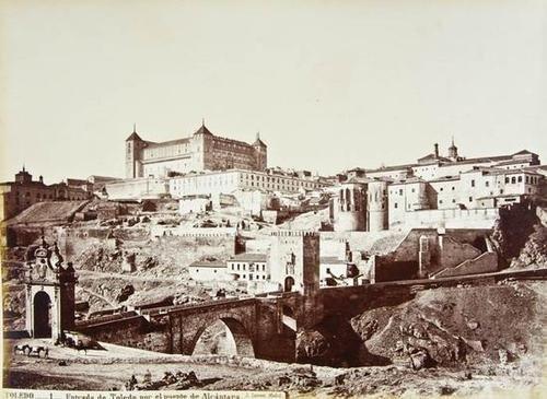605: Laurent. Album of photographs of Spain