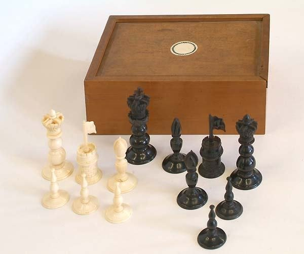 205: COLLECTION OF INDIAN-EXPORT CHESSMEN AND PART-SE