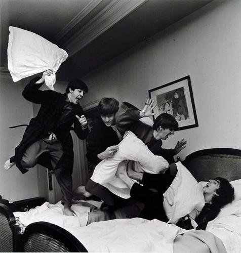 97: Harry Benson The Beatles, Pillow Fight, 1964