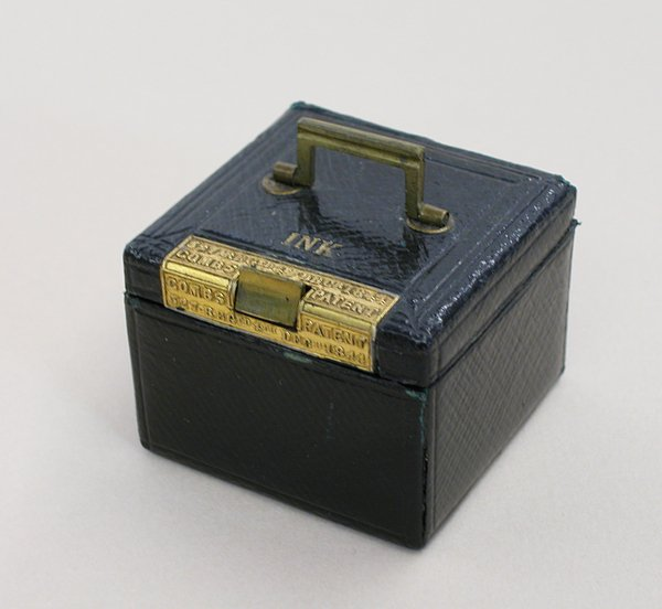 3009: COMBS PATENT TRAVELLING INKWELL English 1840s