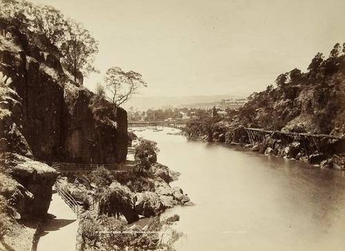 16: John Watt Beattie (1859-1930) Views of Tasmania, c