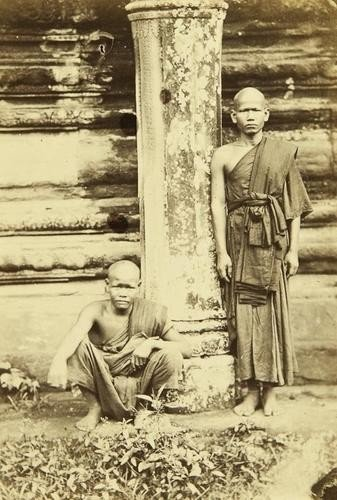 24: Emile Gsell (1838-1879) A Study of two Buddhist Mo