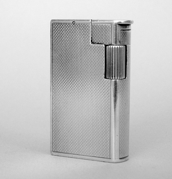 1A: A DUNHILL S.S. ['STERLING SILVER'] LIGHTER Englis